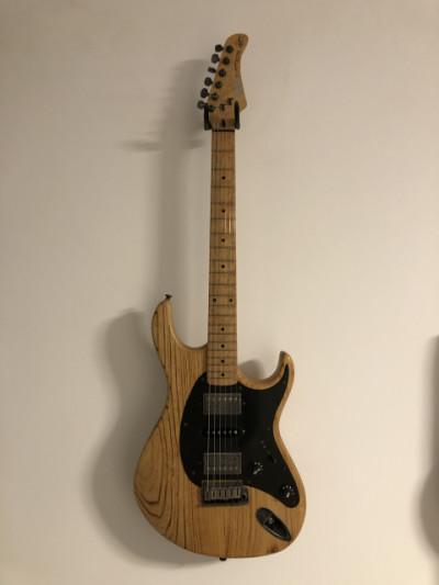 Guitarra eléctrica Cort Hiram Bullock