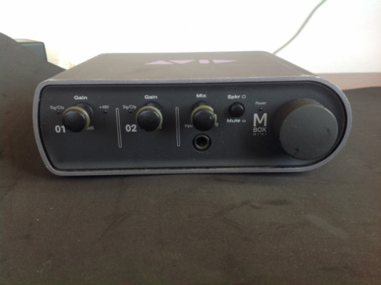 Avid Mbox mini (con defecto pero funcional)