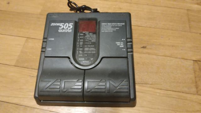 Pedalera de efectos ZOOM 505 GUITAR