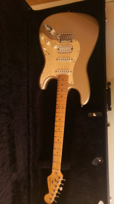 FENDER STRATOCASTER LONE STAR USA 1997 SHORELINE GOLD