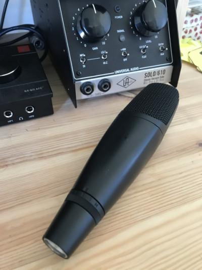 Sennheiser MD422U (micrófono vintage)