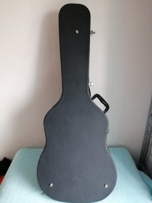 Vendo estuche rígido guitarra acústica