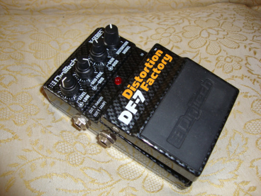 DIGITECH DF7 DISTORTION FACTORY + Envio certificado incluido.