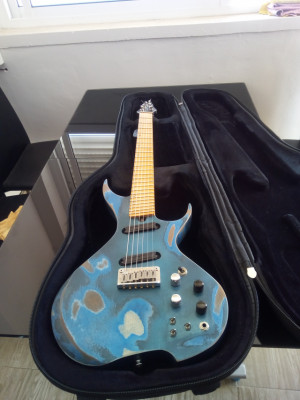 Vendo guitarra OAKLAND AXE Prototipo USA
