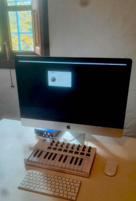 Imac 27 5K, 40 Gb RAM, 2TB Disco, Regalo tarjeta sonido y teclado Arturia
