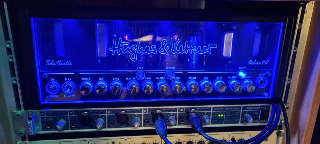 Hughes&Kettner TubeMeister Deluxe 40 + Pantalla Palmer 1x12 v30