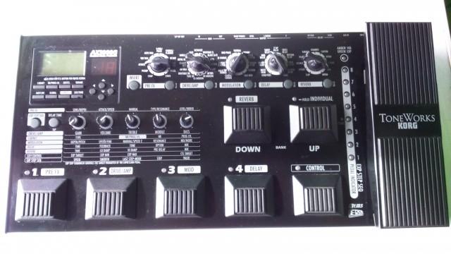 Pedalera ToneWorks Korg AX3000G