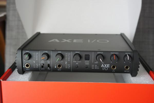 Interfaz audio IK Multimedia AXE I/O + Amplitube MAX