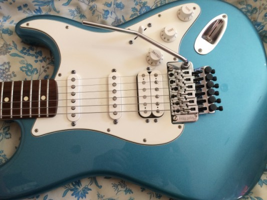 Fender Stratocaster HSS Floyd Rose MIM