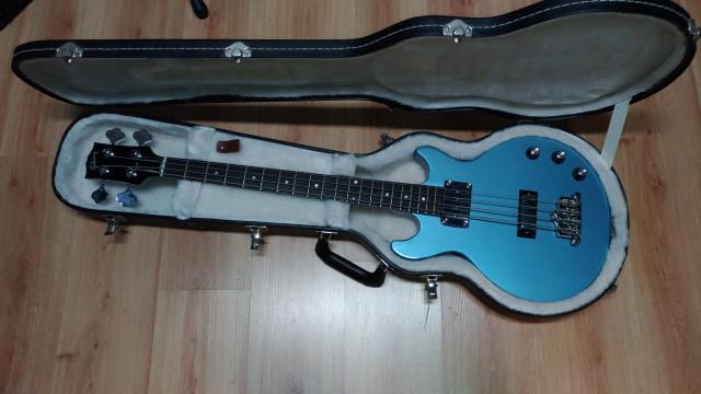 Gibson Les Paul Junior Bass