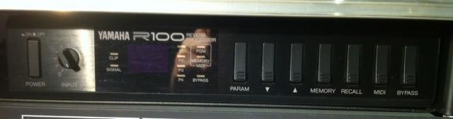Yamaha R-100