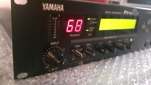 Multiefectos Yamaha Pro R3 (envio incluido)