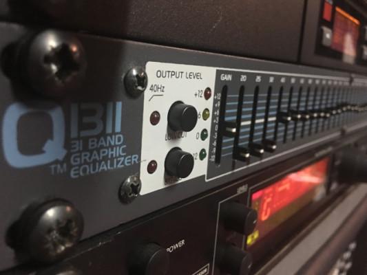 Ecualizador peavey 31 bandas en formato rack