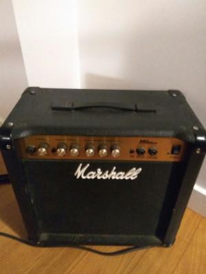 Amplificador Marshall