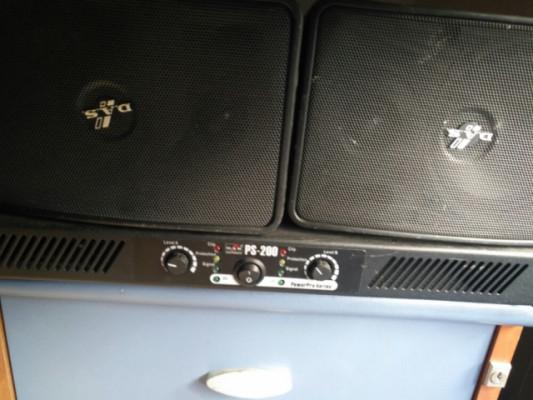Vendo amplificador marca das ps-200 con 2 altavoces das de 80 w