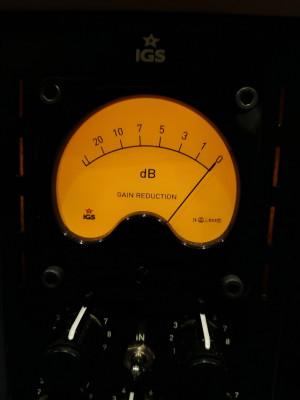 IGS Tubecore 500 compresor a válvulas Vari-Mu