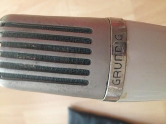 Micrófono Vintage Ribbon Grundig M260-DX modificado por Stephen Sank