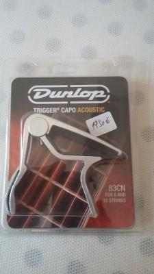 capo o cejillas DUNLOP 83CN para  acústica.