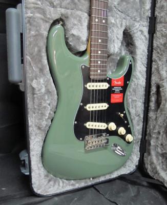 Fender American Professional Stratocaster. Nueva.