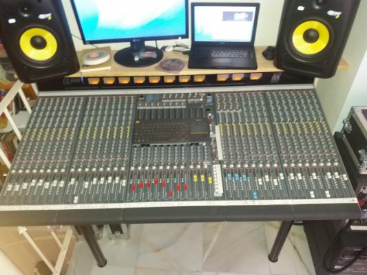 Consola analógica A&H GL4000 / mesa mezcladora