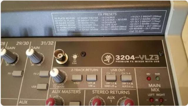 Mesa de mezclas 32 canales MACKIE
