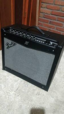 Fender Mustang III V1 + Footswitch 4 botones