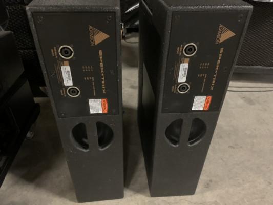 Dos cajas Adamson Spektrix