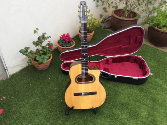 Guitarra Gypsy Jazz D Hole Classic. núm. 400