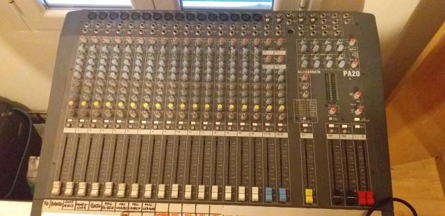 Mesa de mezclas Allen&Heath PA20