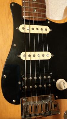 Cambio FENDER stratocaster USA hss muy cañera.