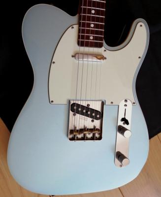 Fender tele custom reissue '62 MIJ  ICE METALLIC BLUE ---PARA VENTA 650€---