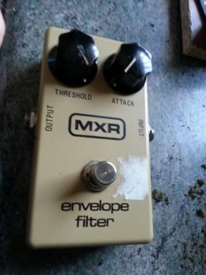 o Cambio MXR Envelope Filter. Negociable