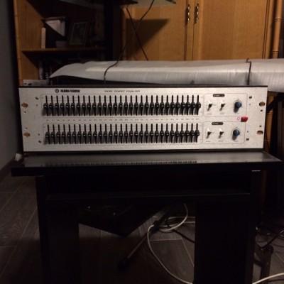 Ecualizador Klark Teknik DN 360.