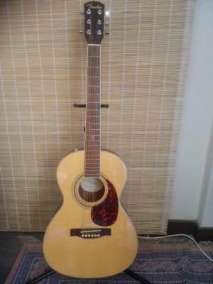 Fender GDP100 Nat. Guitarra acústica