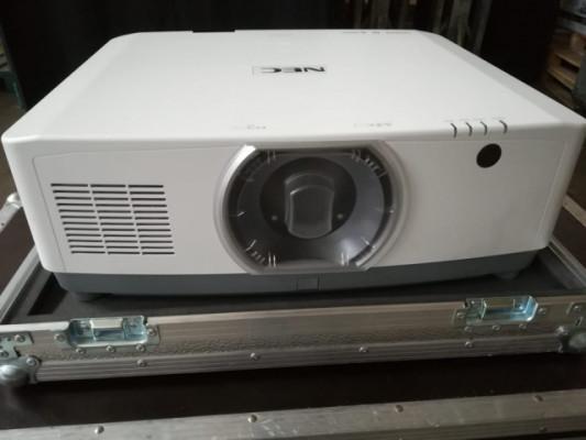 Proyector Láser NEC PA653UL + òpticas