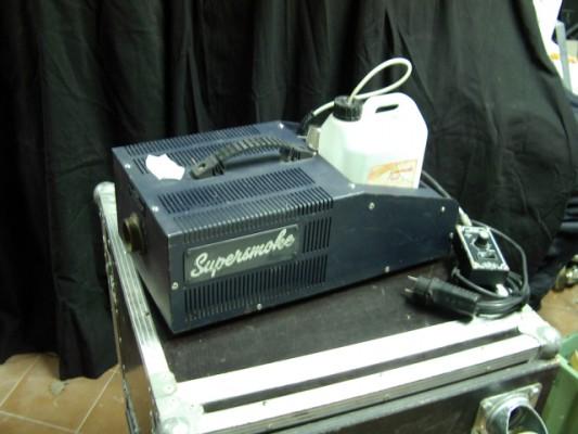 Máquina de humo profesional Supersmoke 1000
