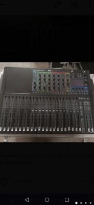 Soundcraft compac 24