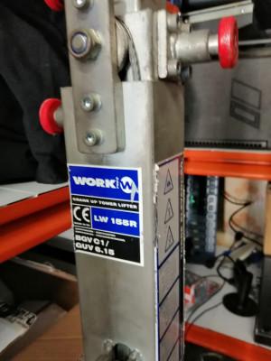 Vendo o Cambio LW 155R torres elevadoras Work Precio por pareja.