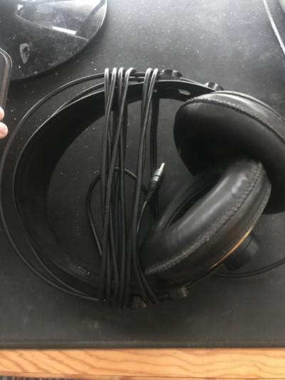 Auriculares AKG 240k Studio