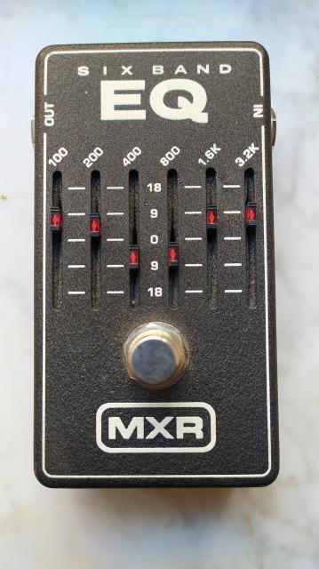 MXR EQ M109 (ecualizador de seis bandas)