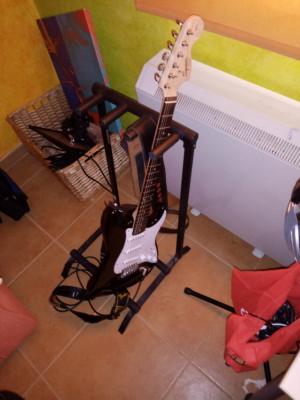 Fender Square