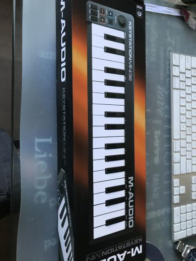 Teclado midi M-Audio keystation Mini 32