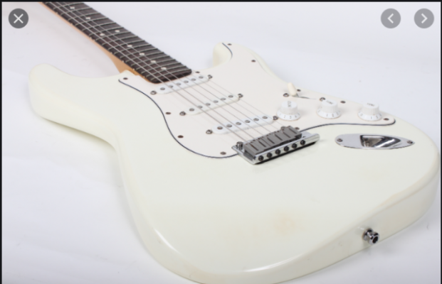 Fender stratocaster Olympic white/ Rosewood