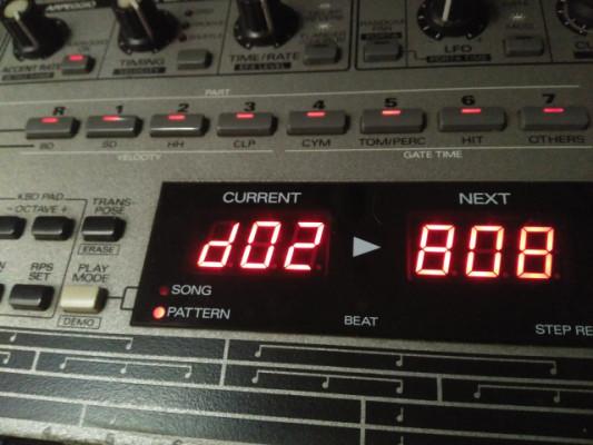 Groovebox Roland MC-303
