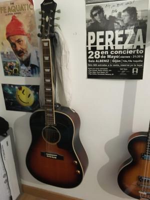 Epiphone EJ-160E VS Guitarra Electroacústica