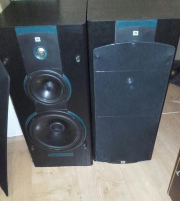 Altavoces JBL LX4