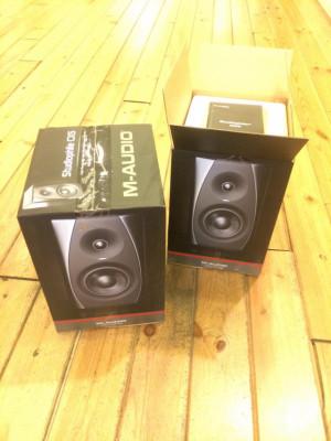 2 Altavoces M-Audio Studiophile CX5