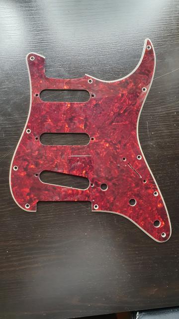 Golpeador Fender Stratocaster
