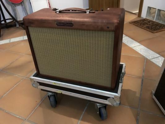 Fender 57 Deluxe Knotty Alder Edition con flight case IMPECABLE RESERVADO