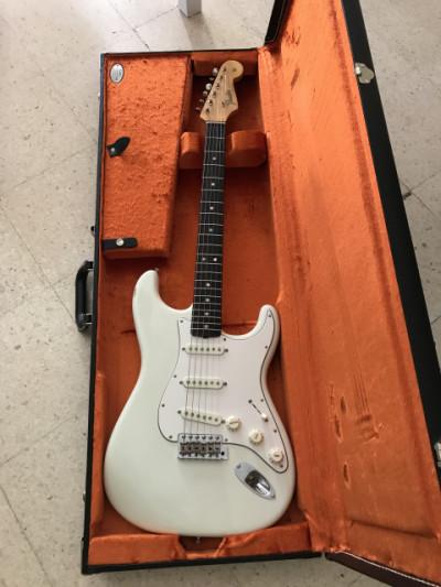 Stratocaster american vintage 65